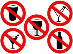 667340-pas-d-39-alcool-et-d-39-alcool-au-volant-interdit-signes